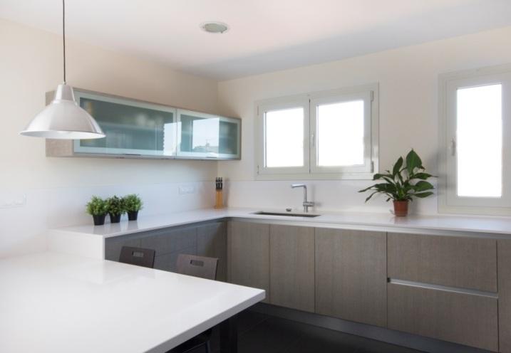 Cocinas brava cocinas de dise o tranche gris 5 for Como disenar una cocina en forma de l