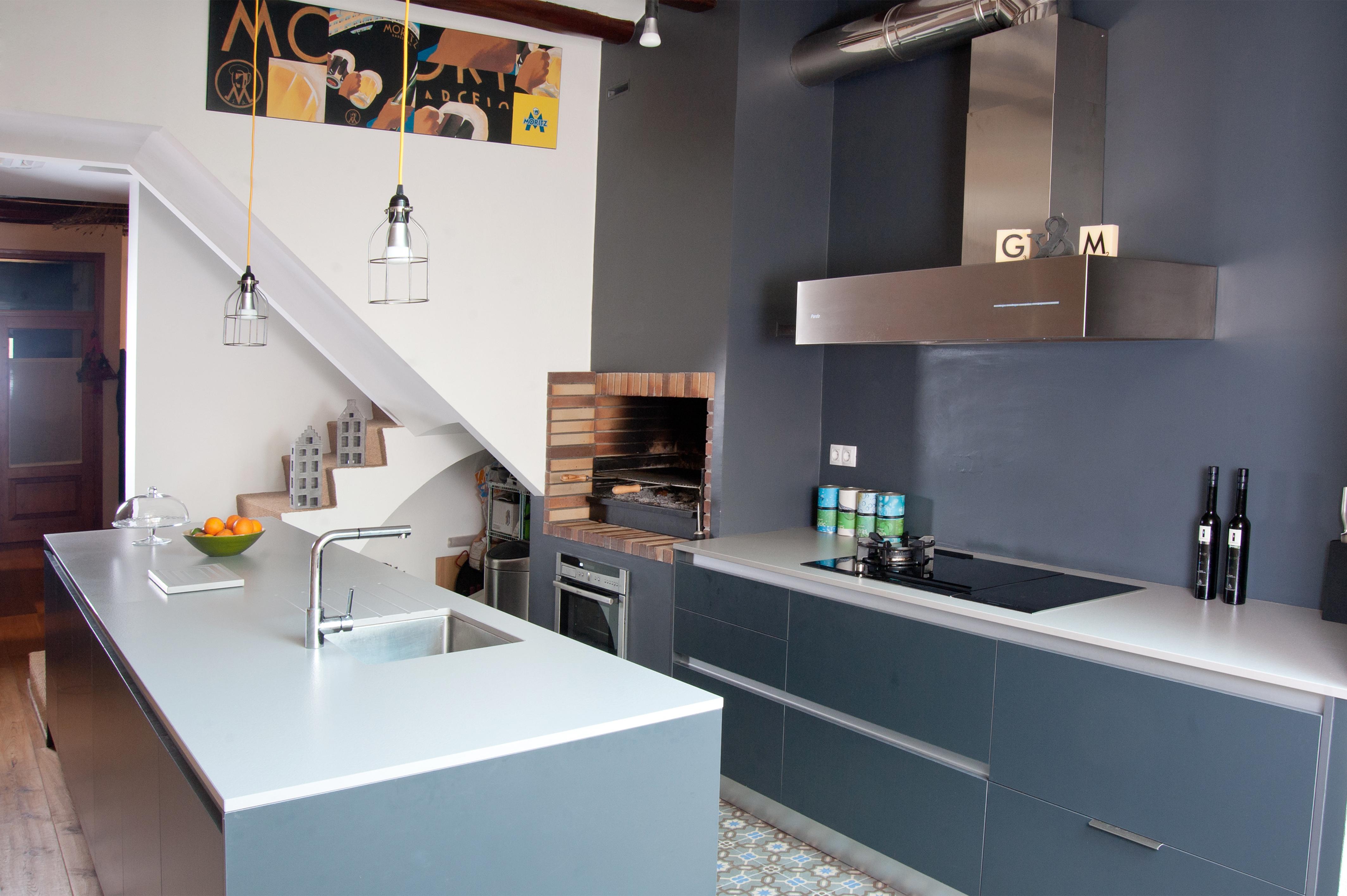 Cocinas brava cocinas de dise o muebles cocina strati for Plateros para cocina