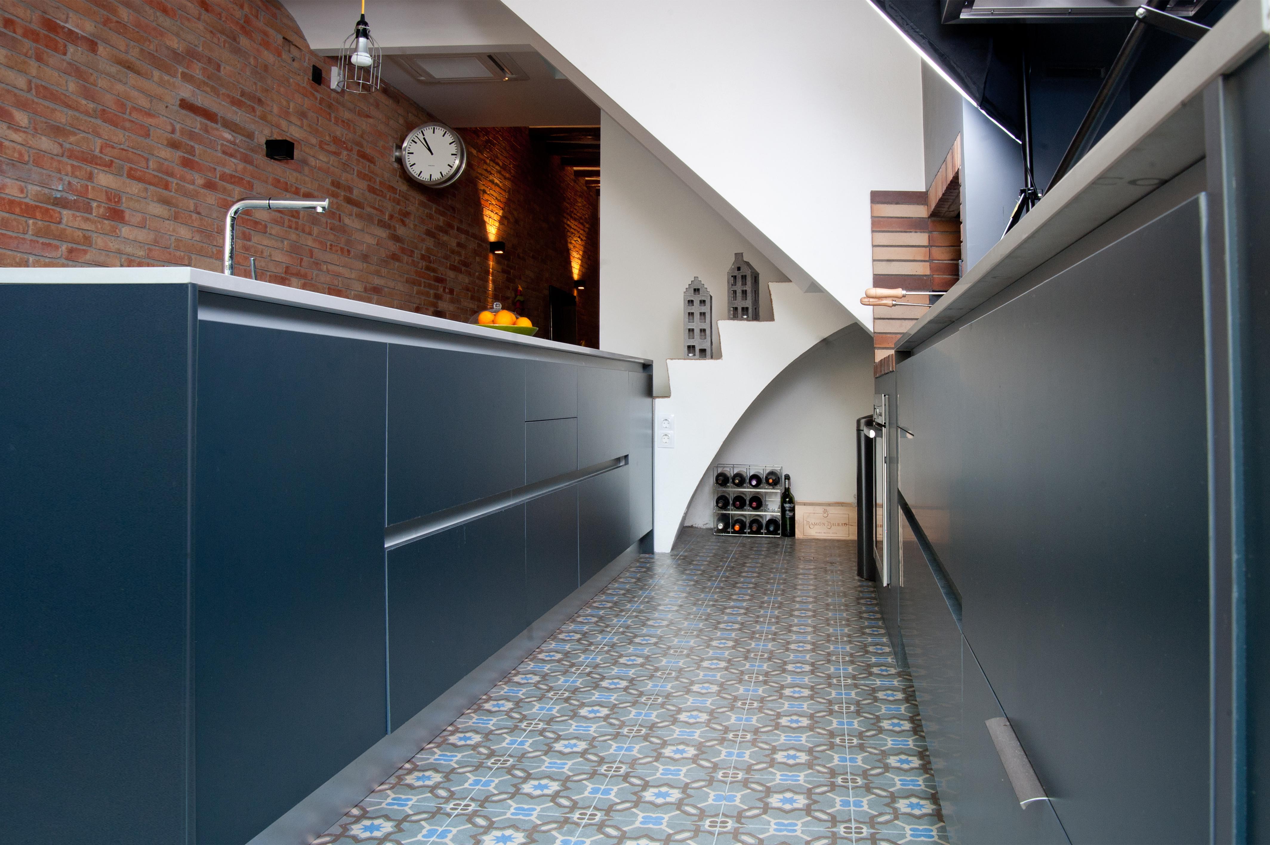 Muebles gris grafito 20170903115644 for Cocinas industriales medellin